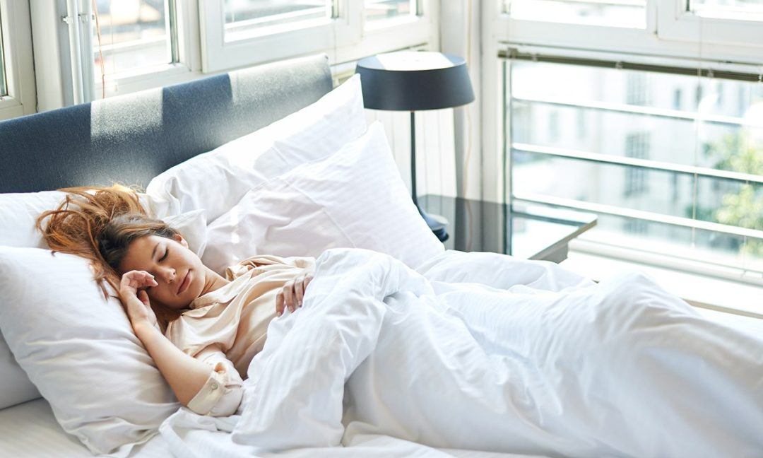 Getting Enough Sleep Helps Your Waistline? Here's How!