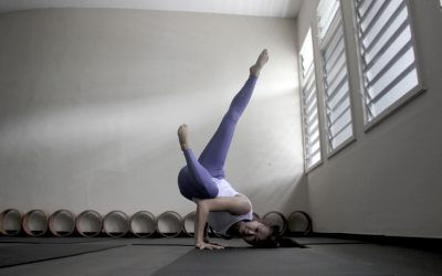 Hazel's Tip To Get Into An Inversion | Jal Yoga Instructor