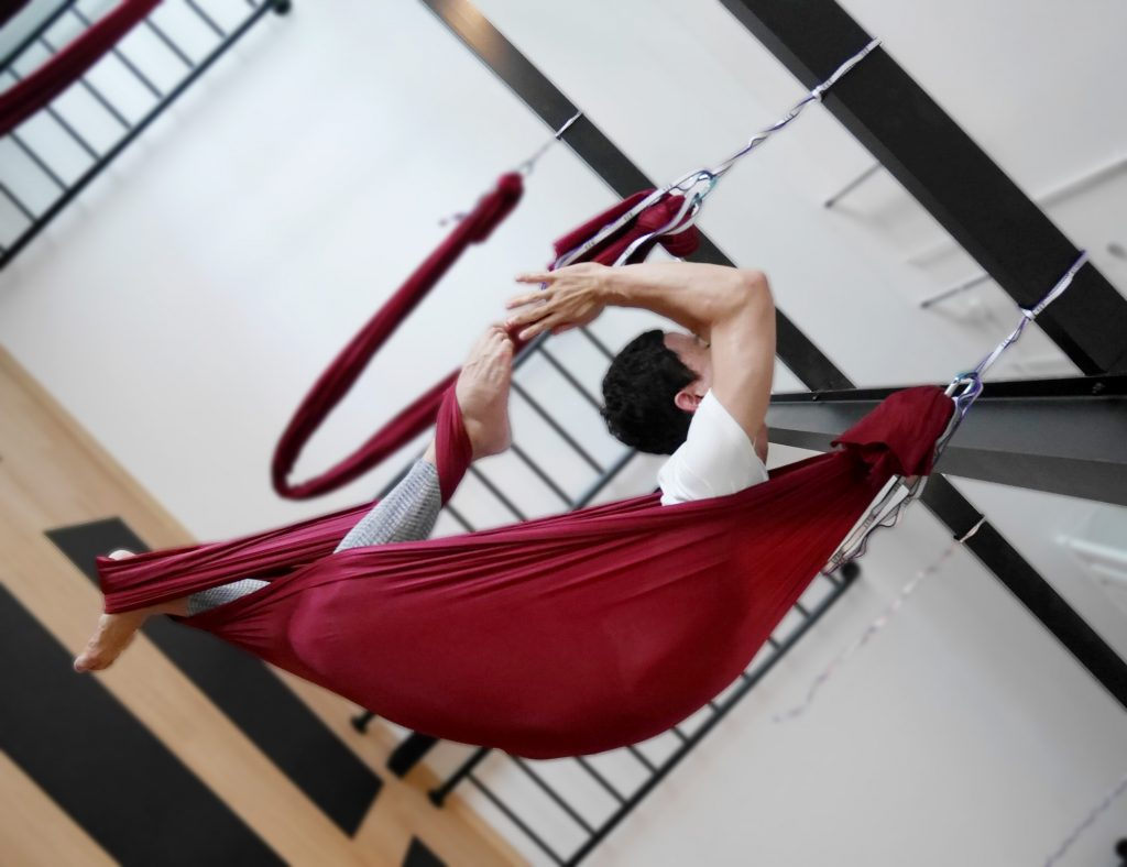 Ming Lim | Aerial Yoga Instructor | Jal Yoga