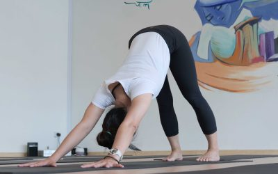 Need Remedies For Jet Lag? Try These 6 Yoga Poses!