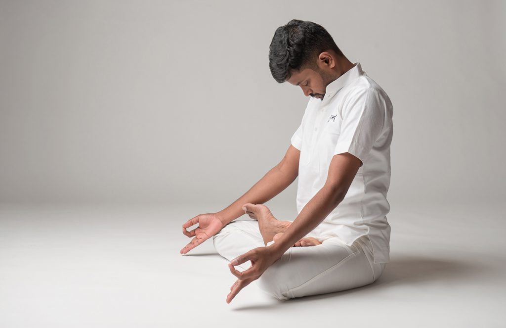 200 hr hatha yoga ttc | yoga instructor Krishna Kumar | jal yoga